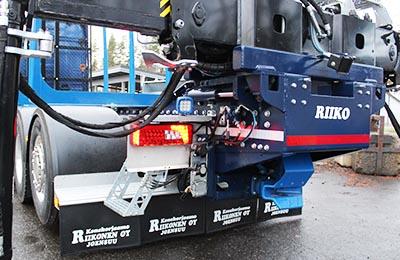 riiko-kiinteä-irrotettava-nosturiteline-puutavara-auton-päällirakenne