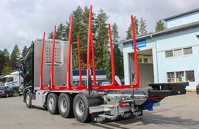 VOLVO-FH16-riiko-puutavara-auto-konekorjaamo-riikonen